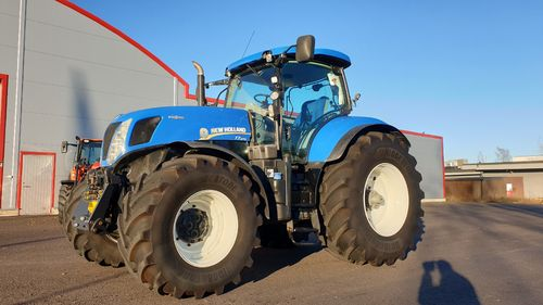 New Holland T7.270 Steglös FL+PTO + GPS-klar